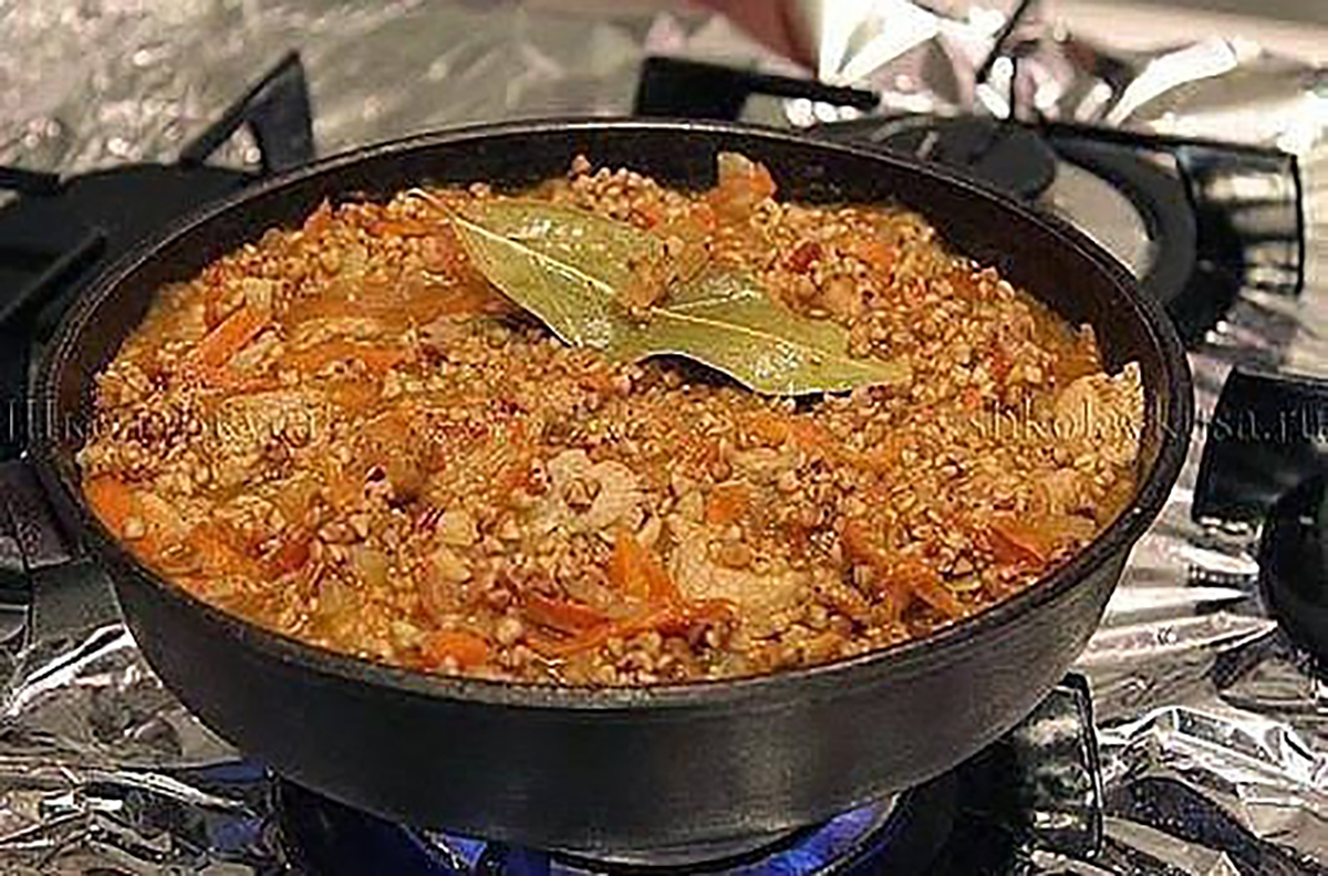 Вкусная гречка с мясом в духовке рецепт пошагово